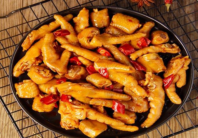 无骨鸡爪卤味休闲食品代加工时要遵循哪些定位?